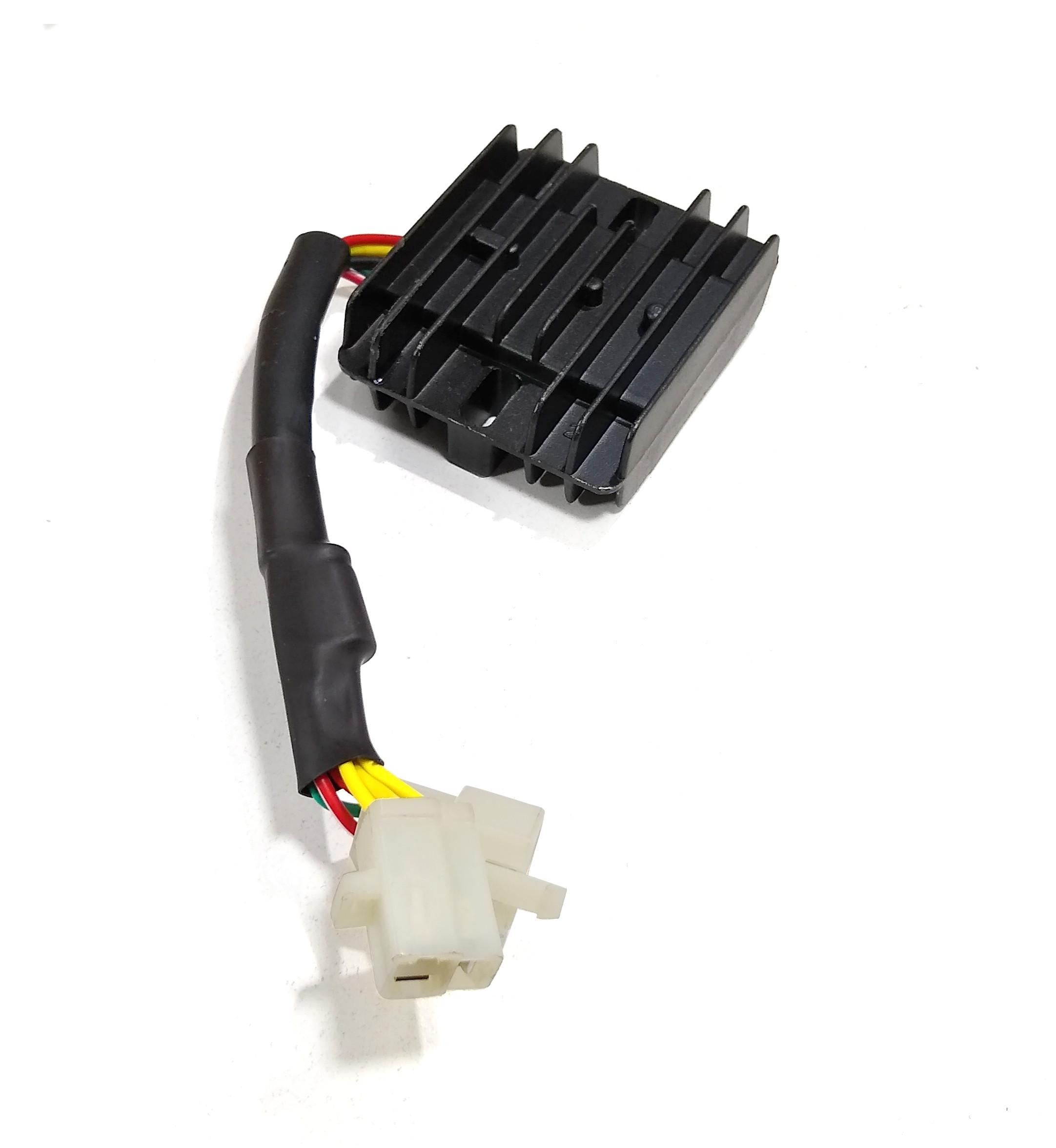 Regulador Voltaje Trifasico Con Capacitor Corven Energy R3 Original