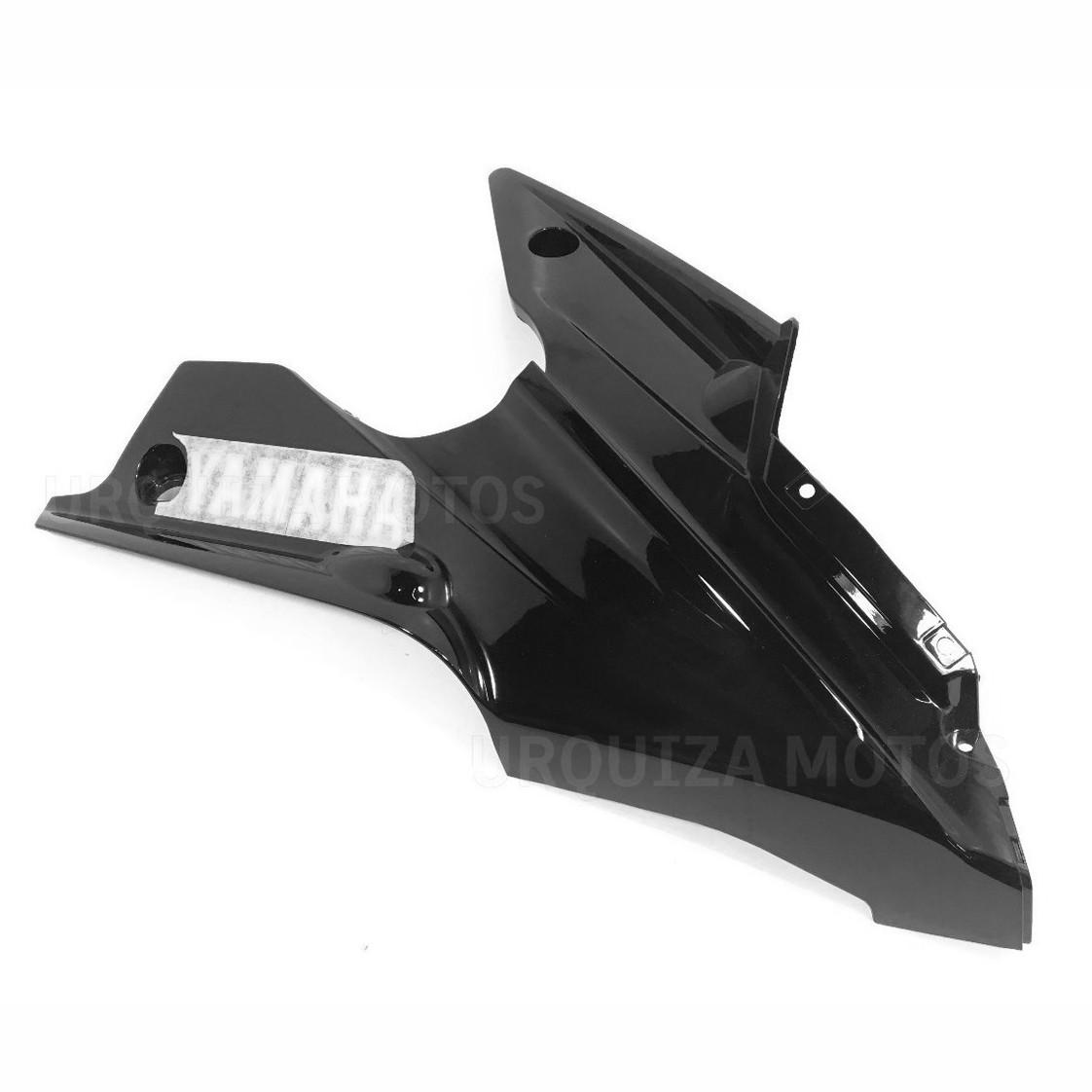 Cacha Quilla Derecha Negra Yamaha R15 Original